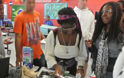 Students enjoy International Festival