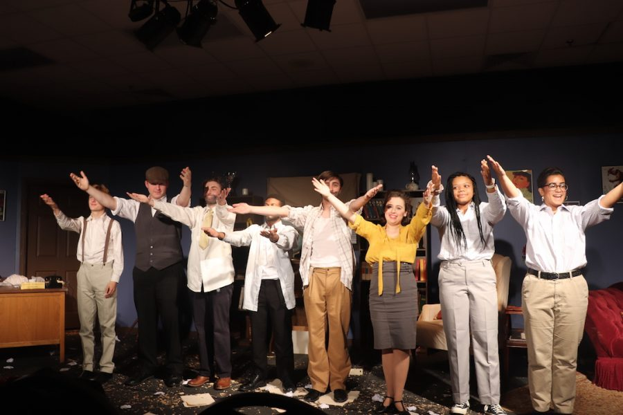 The+cast+of+%22Moonlight+and+Magnolias%22+take+a+final+walk-out.+