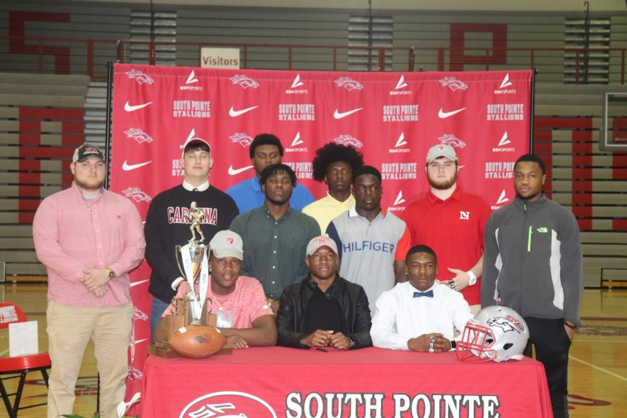 South+Pointe+Student+Athletes+Sign+to+Colleges