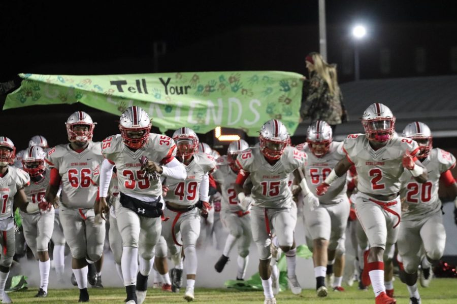 Photo Gallery: Varsity Football Senior Night & Playoffs